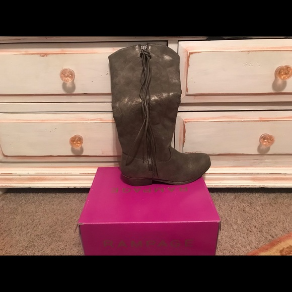 Womens Size 9 Rampage Boots From Belk